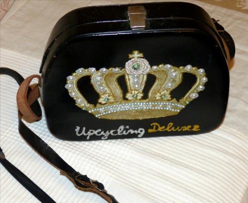 Tasche Krone