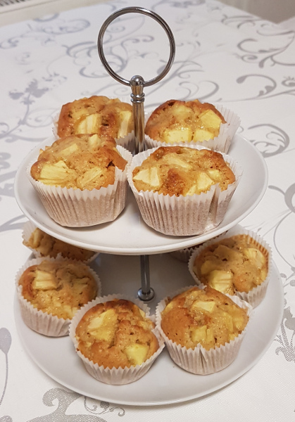Eierlikörmuffins mit Äpfeln – Muffins with Advocaat and Apples