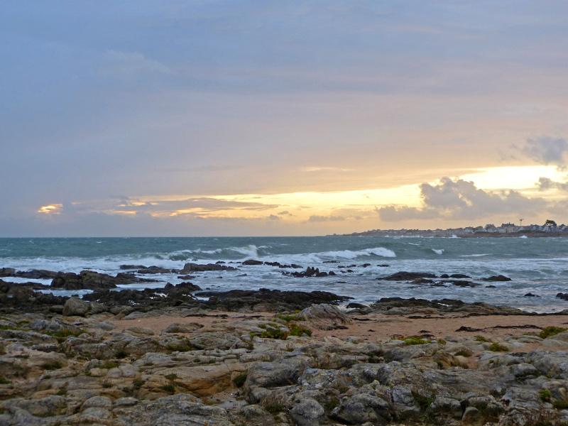 Ein windiger Abend am Strand – A Windy Evening at theBeach