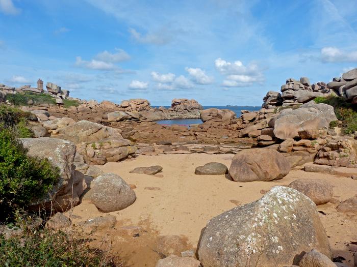 Rosa Granitküste11