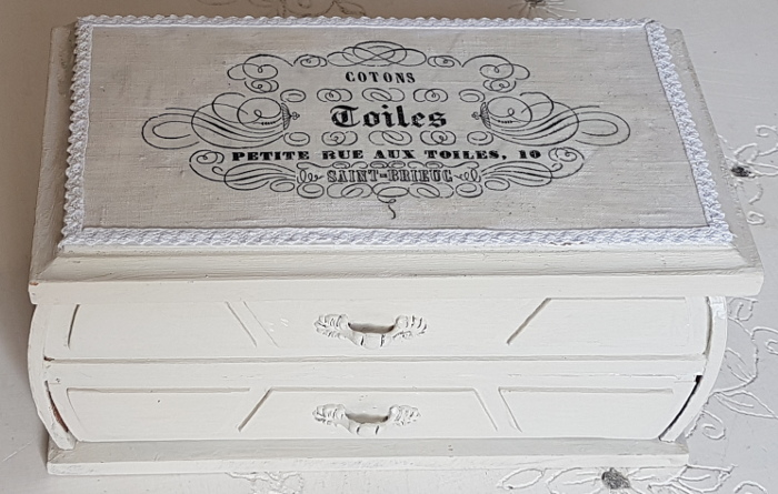 Zwei Kästchen im Shabby- Look – Two Shabby Style Boxes