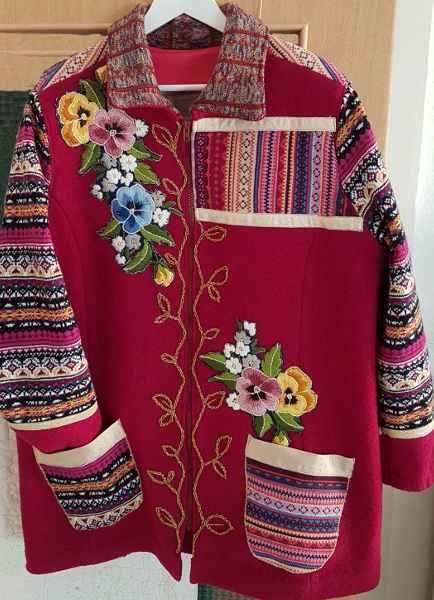 Walkjacke mit Strick und Stickerei – Wool Jacket With Knits And Embroidery
